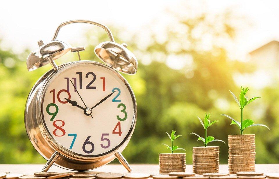 shun's article picture - money & clock