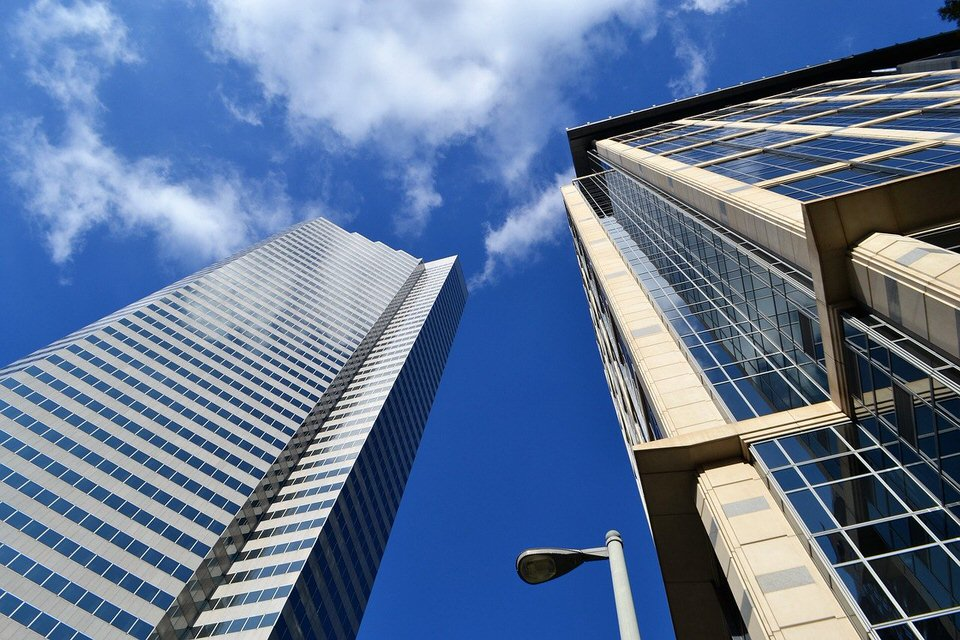 shun's article picture - more bill blue sky