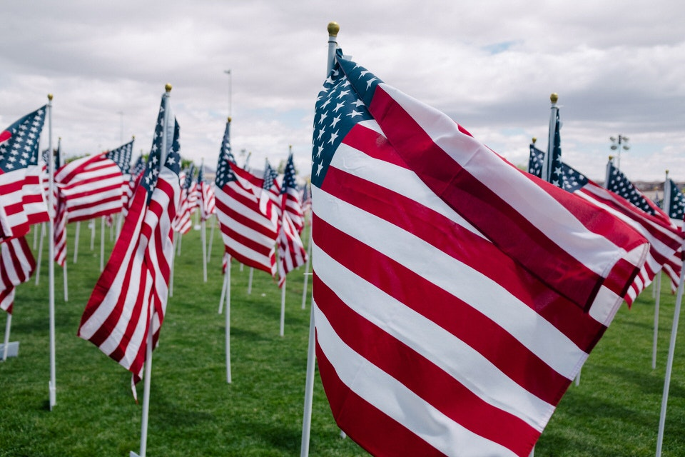shun's article picture - american national flag