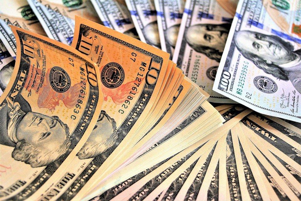 shun's article picture - money money $$$