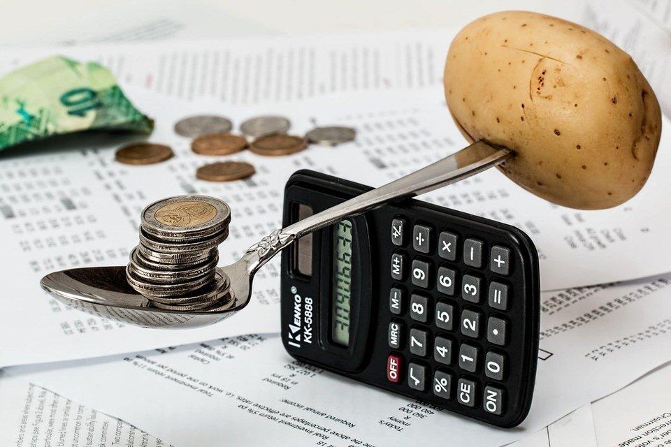 shun's article picture - money & potatoes
