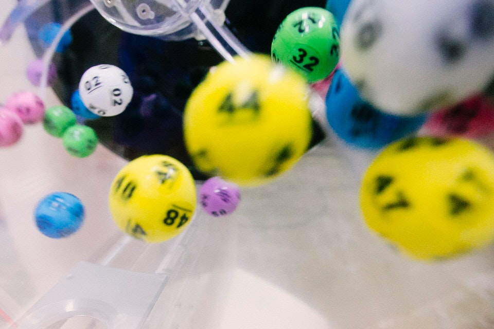 shun's article picture - lottery dice