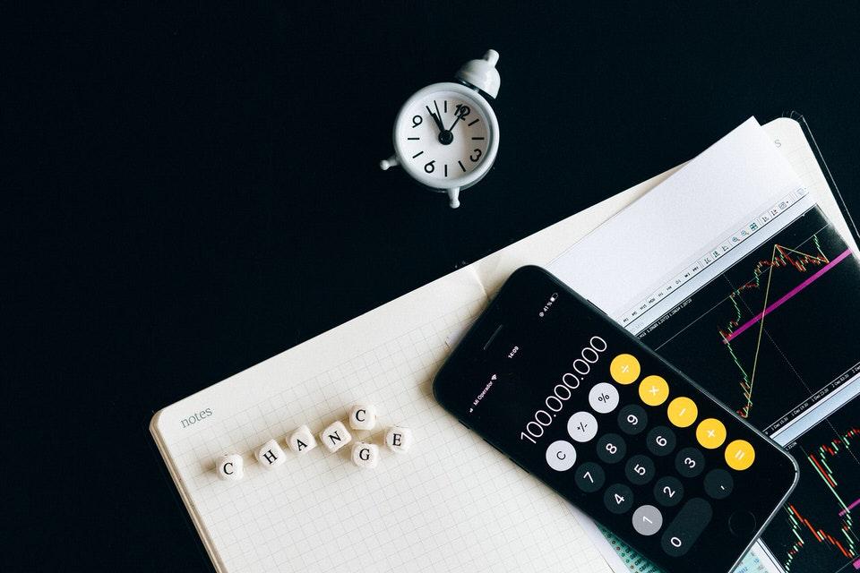 shun's article picture - clock & calculator