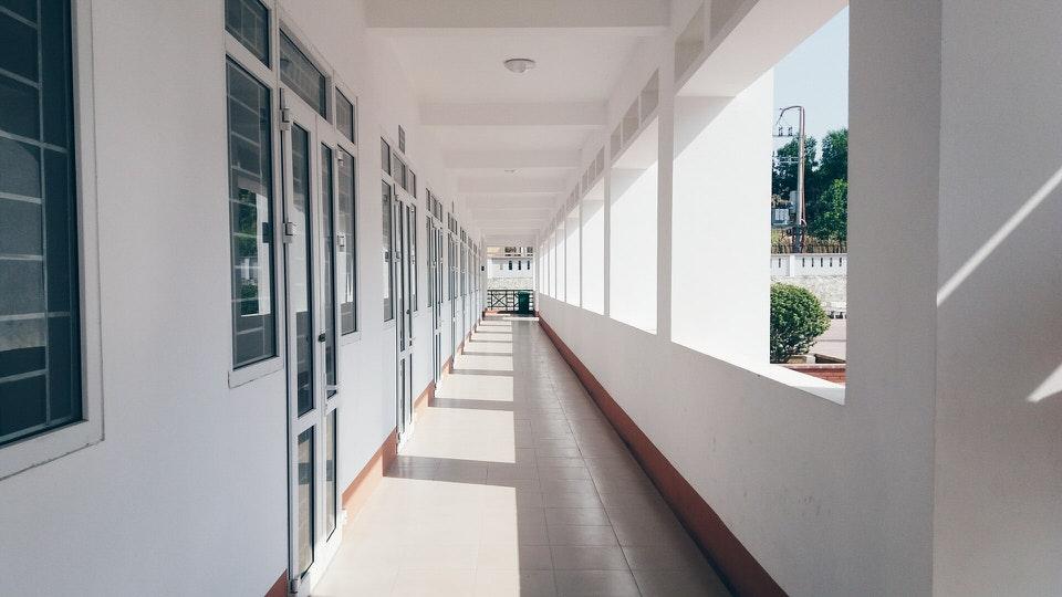 shun's article picture -  Corridor