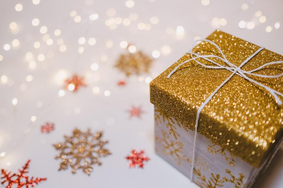 shun's article picture - gift box
