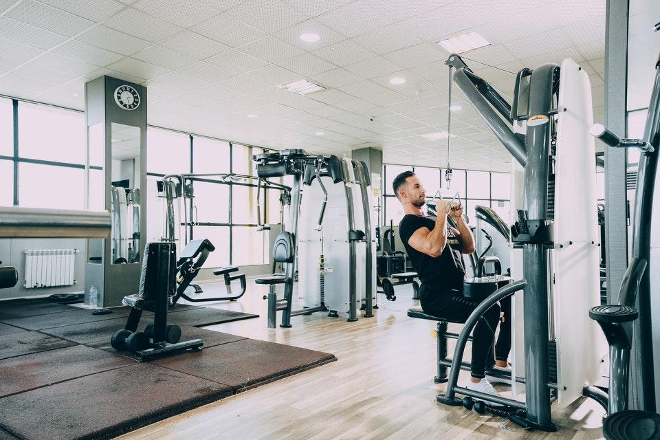 shun's article picture - fitness club machine