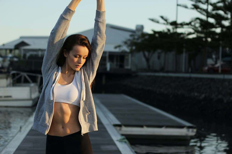 shun's article picture - girls stretch