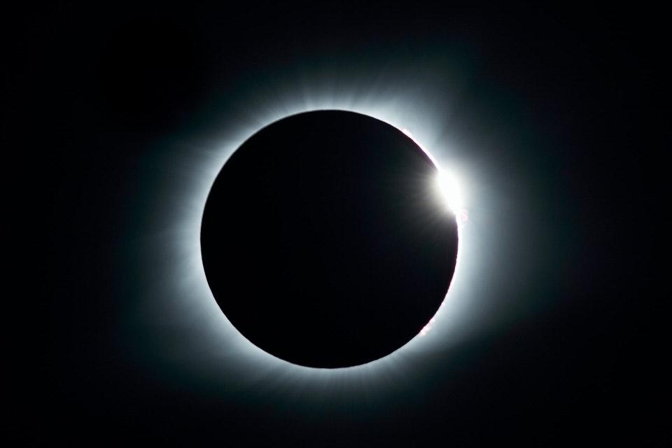 shun's article picture - space moon dark