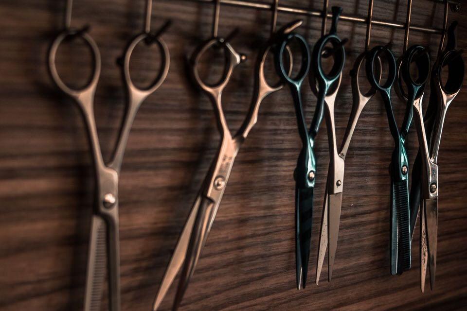 shun's article picture - scissors