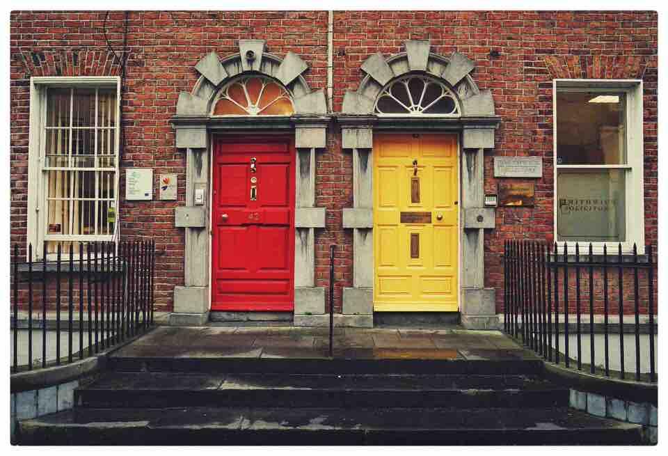 shun's article picture - choice door