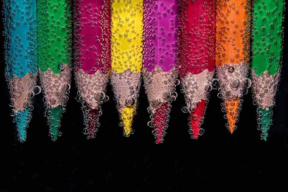 shun's article picture - colorful pencil