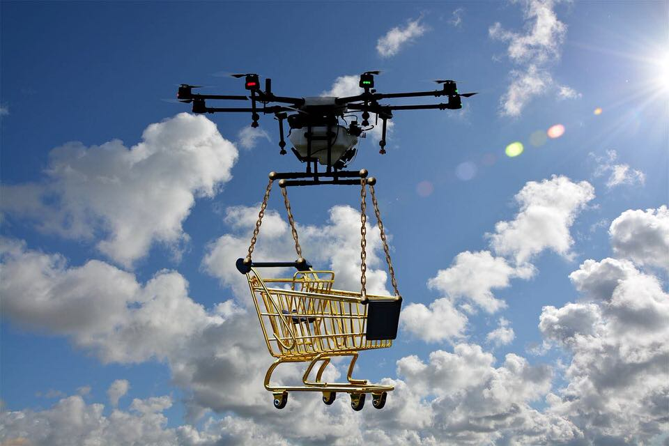 shun's article picture - drone shopping
