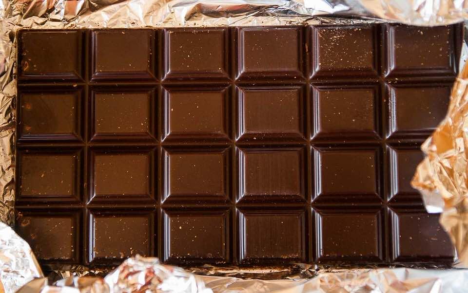 shun's article picture - chocolate board