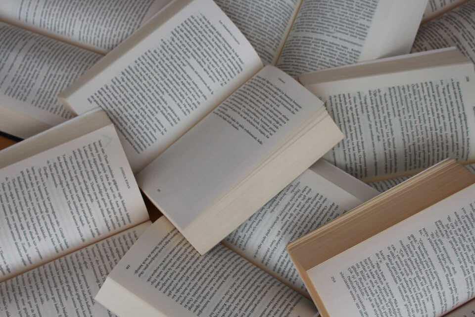shun's article picture - book to white paper