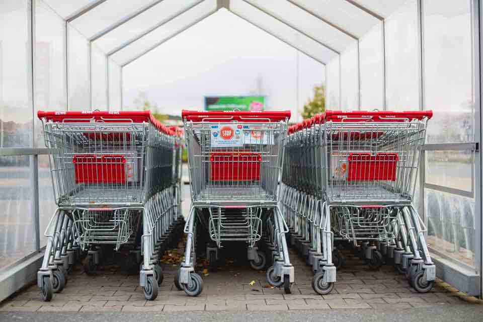shun's article picture - supermarket shopping cart
